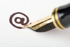 Het schrijven e-mail adres Royalty-vrije Stock Afbeeldingen