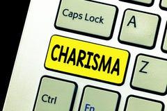 Het schrijven nota die Charisma tonen Bedrijfsfoto demonstratie dwingende aantrekkelijkheid of charme die toewijding binnen inspi stock foto's