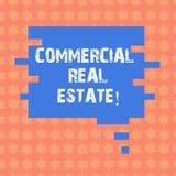 Het schrijven nota die Commercieel Real Estate tonen Bedrijfsfoto demonstratiebezit dat alleen voor bedrijfsdoeleinden Toespraak  stock illustratie