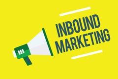 Het schrijven nota die naderend Marketing tonen Bedrijfsfoto demonstratieproces om de aandacht van klanten aan te trekken stock illustratie