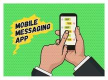 Het schrijven van een bericht op mobiele app Pop-art vector illustratie