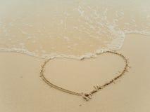 Het schrijven van hart op strand Royalty-vrije Stock Fotografie