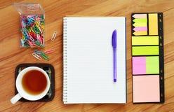 Het schrijven van hulpmiddelen in vlakte lag Royalty-vrije Stock Foto