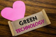 Het schrijven van tekst die Groene Technologie tonen Bedrijfsdieconcept voor campagne, op kleverig notadocument wordt geschreven, Royalty-vrije Stock Afbeelding
