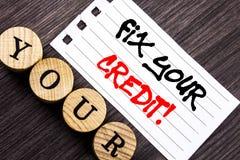 Het schrijven van tekst die Moeilijke situatie Uw Krediet tonen Bedrijfsfoto die Slechte die Scoreclassificatie Avice Fix Improve stock foto