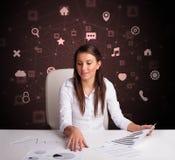 Het secretaressewerk met multitaskconcept royalty-vrije stock foto
