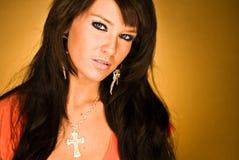 Het sexy donkere haired hoofdschot van de mannequinvrouw Royalty-vrije Stock Afbeeldingen
