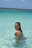 Het sexy meisje zwemmen Royalty-vrije Stock Fotografie