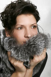 Het sexy vrouwelijke model stellen in manierkleding Royalty-vrije Stock Afbeeldingen
