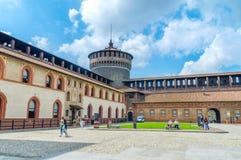 Het Sforza-Kasteel als Castello Sforzesco ook wordt gekend die royalty-vrije stock afbeeldingen