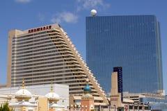 Het Showboat-Casino met Revel Casino achter het in Atlantic City, New Jersey Stock Afbeeldingen