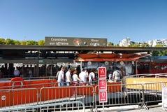 Het sightseeing van de rivier Parijs Frankrijk van de Kruiserzegen stock foto