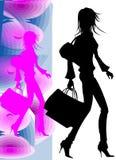 Het Silhouet dat van het Meisje van Nice naar het winkelen gaat Royalty-vrije Stock Foto's