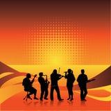 Het silhouet en de achtergrond van de band Royalty-vrije Stock Afbeeldingen