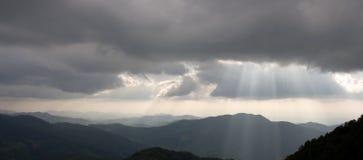 Het silhouet van bergen Royalty-vrije Stock Foto's