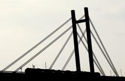 Het Silhouet van de brug stock afbeeldingen