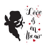 Het silhouet van de cupidoliefde met boog en pijl en Liefde Royalty-vrije Stock Afbeelding