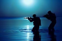 Het silhouet van de legermilitair royalty-vrije stock foto's