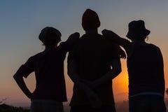 Het Silhouet van de meisjesjongen Stock Afbeeldingen