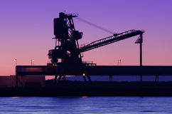 Het silhouet van de scheepswerf Stock Fotografie