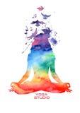 Het silhouet van de waterverfvrouw van lotusbloemyoga stelt Royalty-vrije Stock Fotografie
