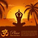 Het silhouet van een Meisje in Yoga stelt Royalty-vrije Stock Foto