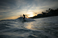 Het silhouet van Surfer Royalty-vrije Stock Afbeelding