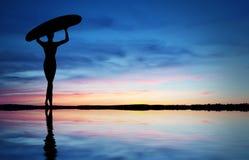 Het Silhouet van Surfer vector illustratie