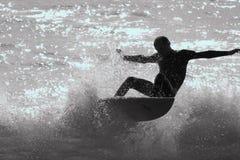 Het Silhouet van Surfer Stock Fotografie