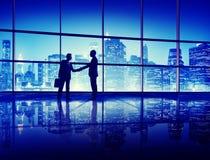 Het Silhouetconcept van de bedrijfsmensenhanddruk Royalty-vrije Stock Foto