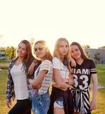Het Skandinavische tieners stellen royalty-vrije stock afbeeldingen