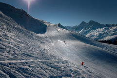Het skiån in de Zwitserse Alpen stock foto's