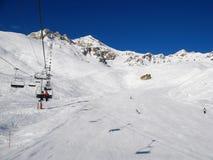Het skiån helling royalty-vrije stock afbeeldingen