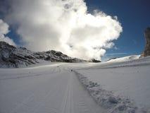 Het ski?en bij gletsjer met kwaliteitsweer Royalty-vrije Stock Foto's