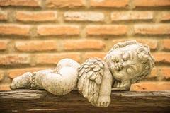 Het slapen van weinig cupido Royalty-vrije Stock Afbeelding
