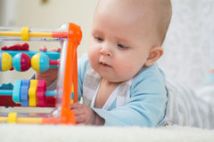 Het slimme Meisje van de Baby Stock Afbeeldingen