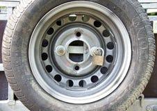 Het slot van het autowiel Stock Afbeeldingen