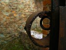 Het slotbakstenen muur van het Medivalmetaal Stock Foto's