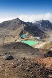 Het smaragdgroene Nationale Park van Tongariro van Meren, Nieuw Zeeland Stock Afbeeldingen