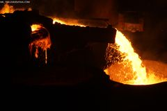 Het smelten van staal Stock Fotografie