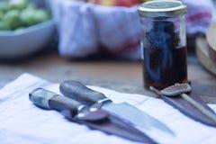 Het snijden en het koken hoofdzaak stock foto