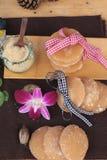 Het snoepje van de palmsuiker van traditioneel voor het koken royalty-vrije stock afbeelding