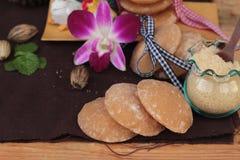 Het snoepje van de palmsuiker van traditioneel voor het koken royalty-vrije stock foto's
