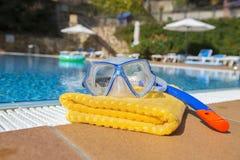 Het snorkelen reeks en handdoek Stock Afbeeldingen