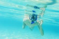 Het snorkelen van de mens Stock Foto's