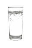 het sodawater of het sodawater in highball of lang drankglas zijn stock foto's