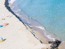 Het solitaire strand van Sardinige stock fotografie