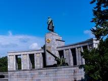 Het Sovjetoorlogsgedenkteken in Tiergarten in Berlin Germany Royalty-vrije Stock Foto's