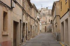 Het Spaans weinig stadsstraat Stock Afbeeldingen