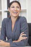 Het Spaanse Lachen van de Vrouw of van de Onderneemster van Latina Stock Afbeelding